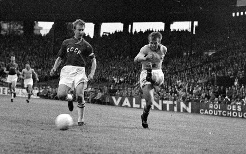 Игра Югославия - СССР на Чемпионате Европы 1960 года.