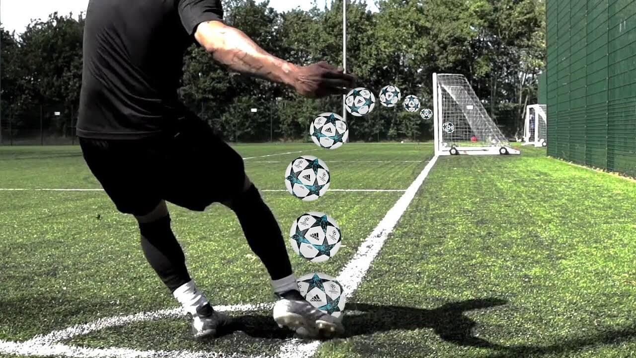 Сухой лист - что это такое в футболе.
