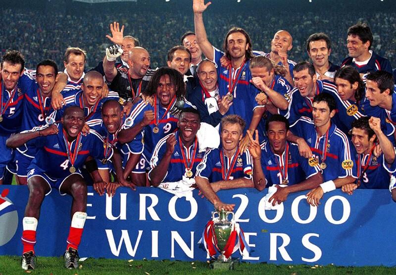 Чемпионы Европы по футболу 2000 года.